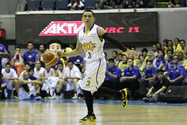 Jimmy Alapag of Talk N Text