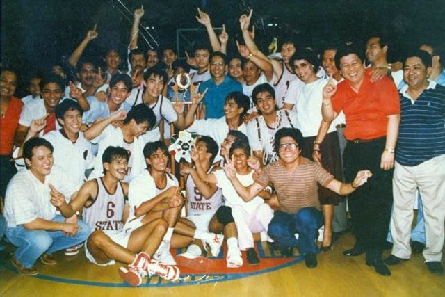 UP celebrating the 1986 UAAP title (Photo from Interaksyon.com & Tinig ng Plaridel)